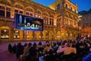 Divadlo a hudba po celém městě